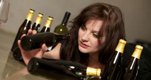 Симптомы алкоголизма у женщин: как распознать зависимость