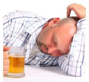 Стадии алкоголизма у мужчин: когда уже нужно обращаться к врачу